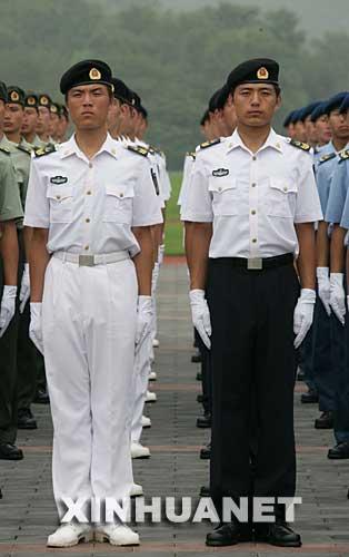我国07式军服图片