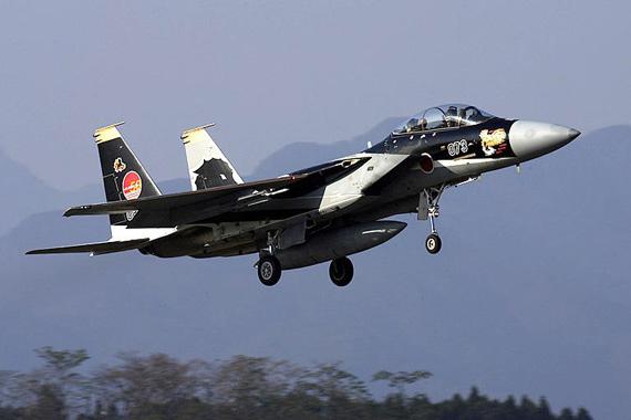 图文:日本主力F-15DJ是根据特许协议生产的
