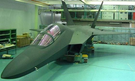 图文:被命名为心神的日本新一代战机模型