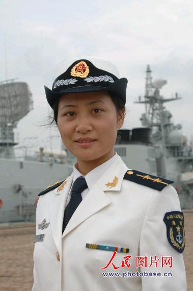 组图 中国海军北海舰队官兵试穿07式新军装图片