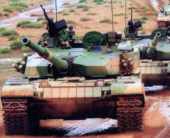 图文:解放军已经大批列装99式主战坦克