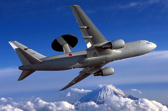 图文:日本航空自卫队E-767大型空中预警机