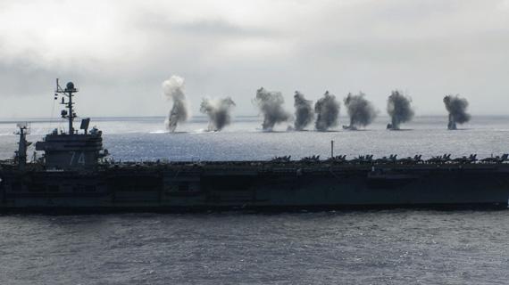 图文:美国海军斯坦尼斯号航母