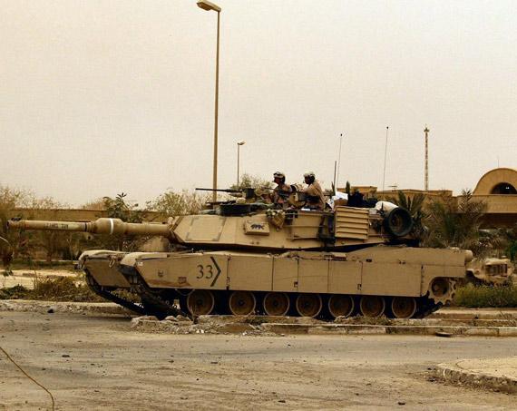 图文:M1坦克将是美军地面进攻主力