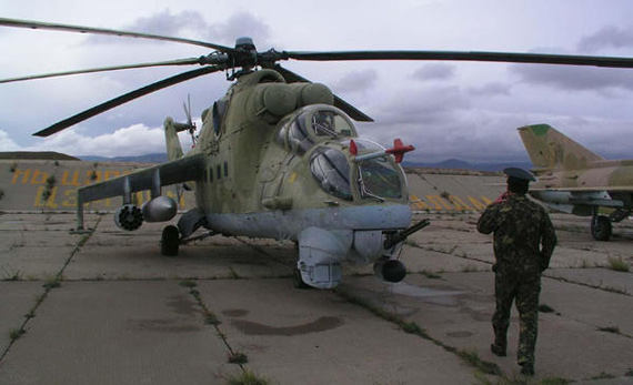 资料图:蒙古军队装备的俄制武装直升机