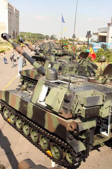 图文:台军的自行火炮阵列