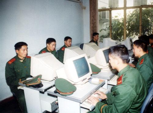 军事专家称中国信息安全威胁比西方更严峻