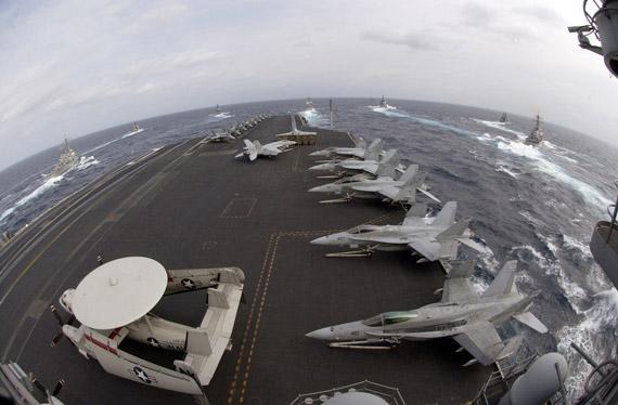 海军航母舰载机联队和海军陆战队进一步融合