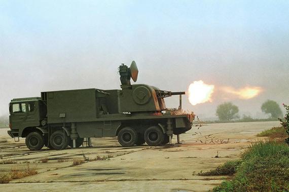我军批量装备弹炮合一系统演习中数秒摧毁目标