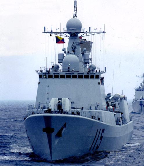 图文:海军051C级战舰载垂发系统弹量依旧偏低
