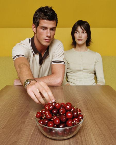 婚恋心理:为何男人总爱说别人的老婆好