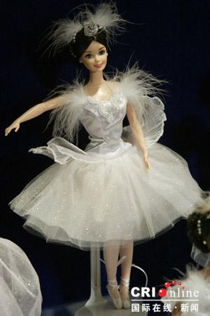 组图:千变女郎美艳芭比娃娃(一)(12)