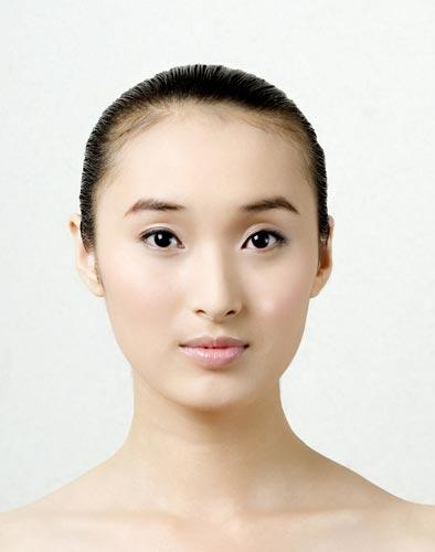 2007新丝路模特大赛总决赛-2号刘娟(图)