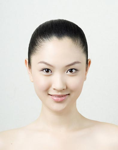2007新丝路模特大赛总决赛-33号李依依(图)