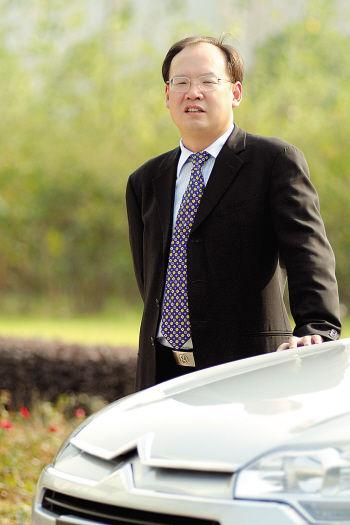 神龙中外高层提前轮换 邱现东任总经理