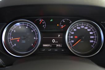 2014款东风标致408 1.6T自动尊贵版