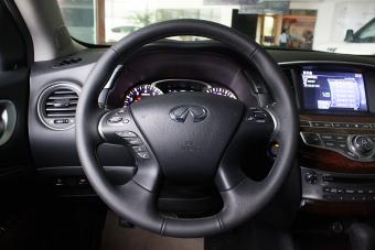2014款英菲尼迪QX60 Hybrid到店实拍