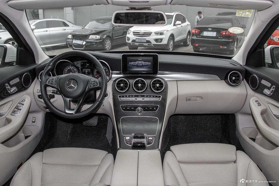 2016款奔驰C级2.0T自动C 200 L运动型