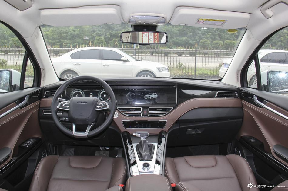 2018款君马S70 1.5T自动豪华运动型5座