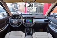 2018款五菱宏光S 1.5L手动舒适型