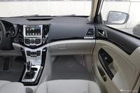 2017款比亚迪e5 300 尊贵型