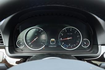 2017款宝马5系2.0T自动528Li 领先型