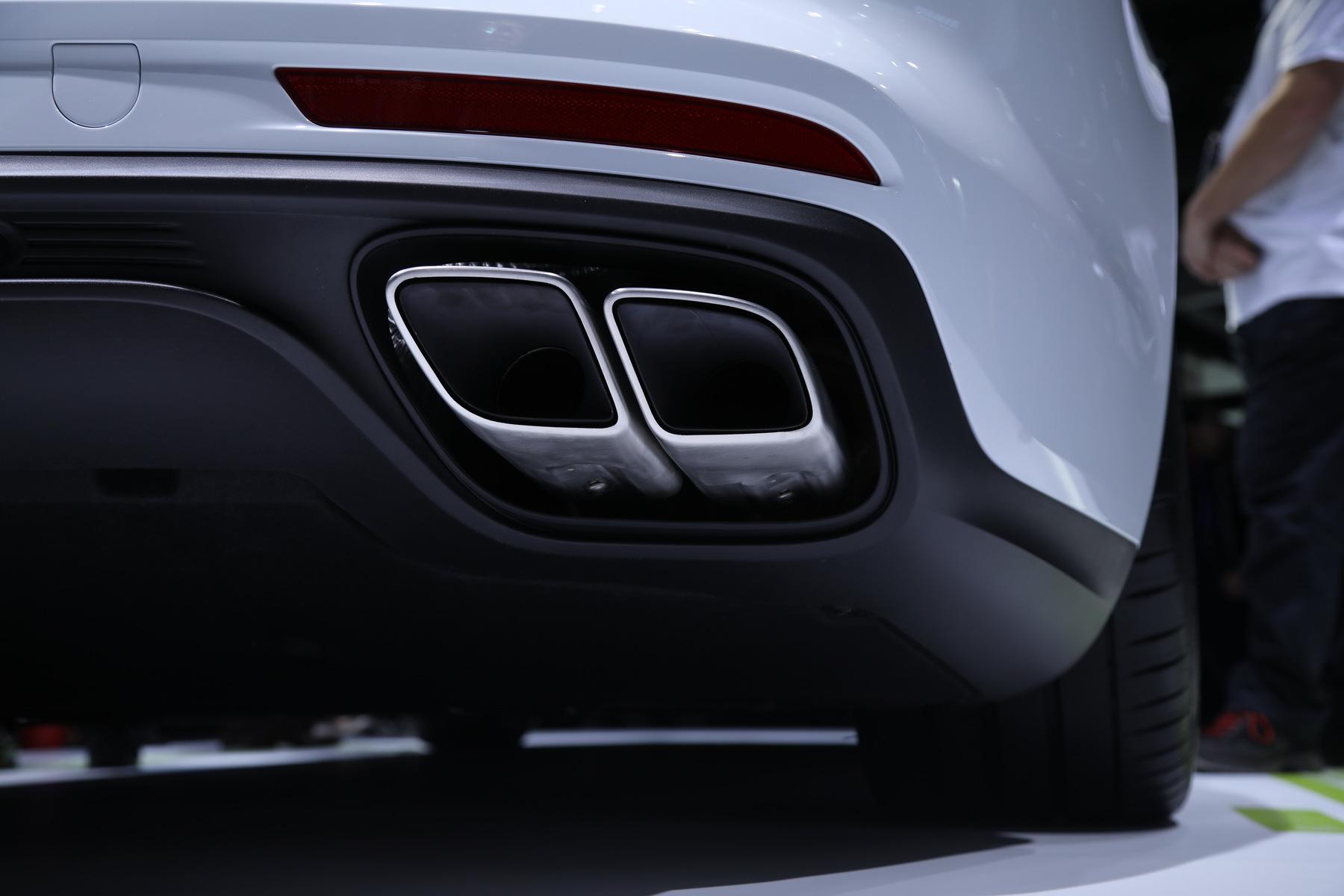 保时捷Panamera Turbo S E-Hybrid Sport Turismo