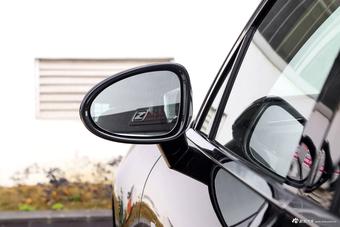 2017款众泰SR9 2.0T自动极致之光版