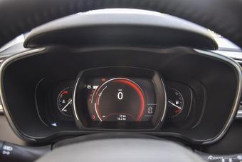 2016款科雷嘉2.0L自动两驱豪华版