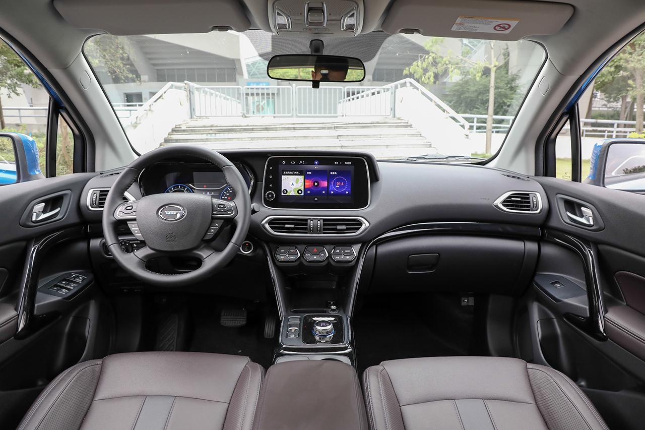 实拍 广汽丰田纯电动SUV ix4 补贴后仅16万