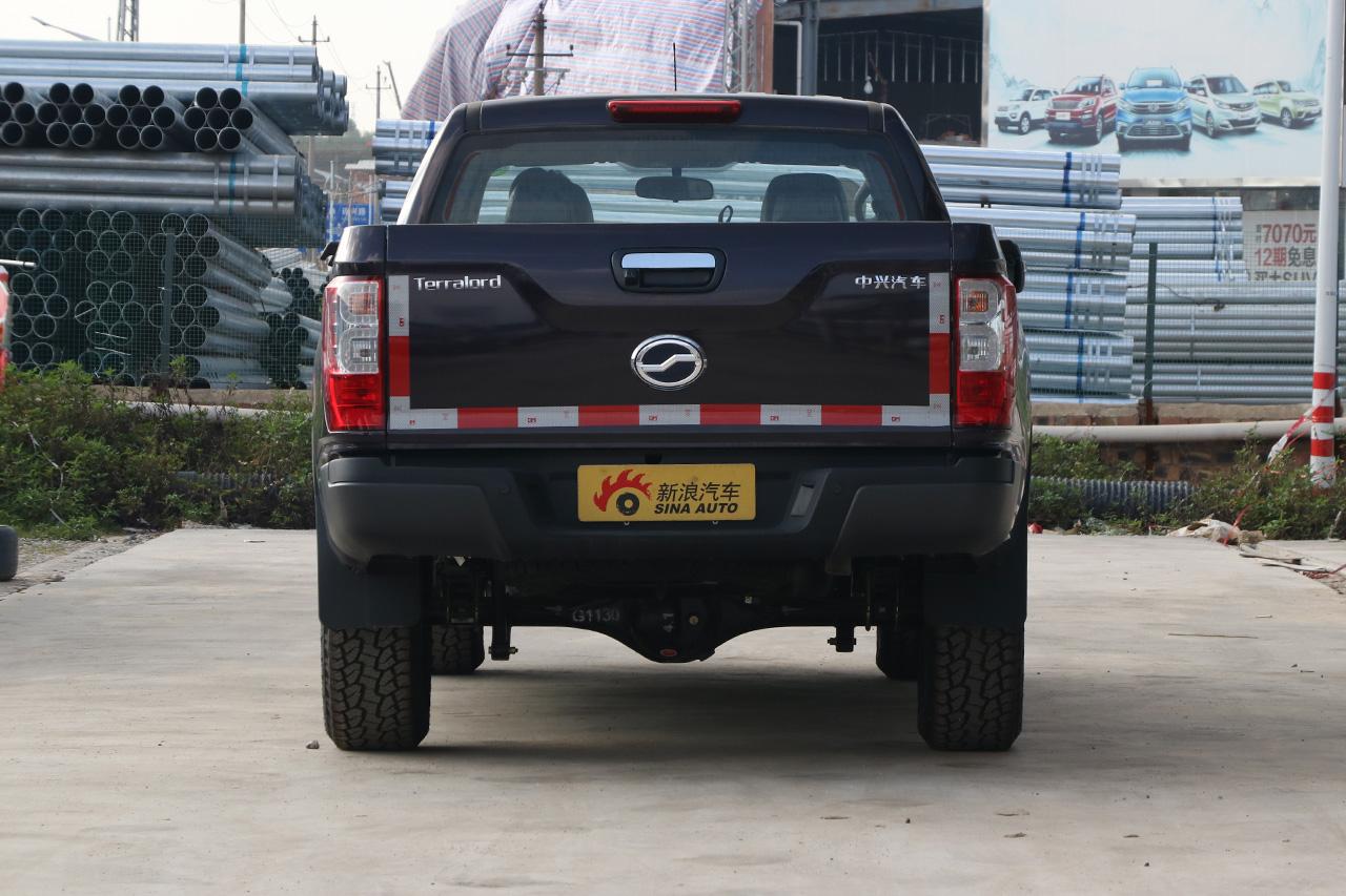 2018款领主2.5T手动柴油大双两驱超豪华型