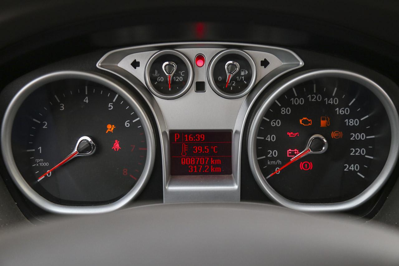 2013款福克斯两厢经典1.8L自动时尚型