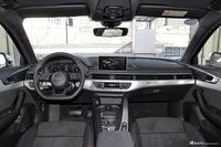 2017款奥迪A4L 2.0T自动45TFSI quattro运动型