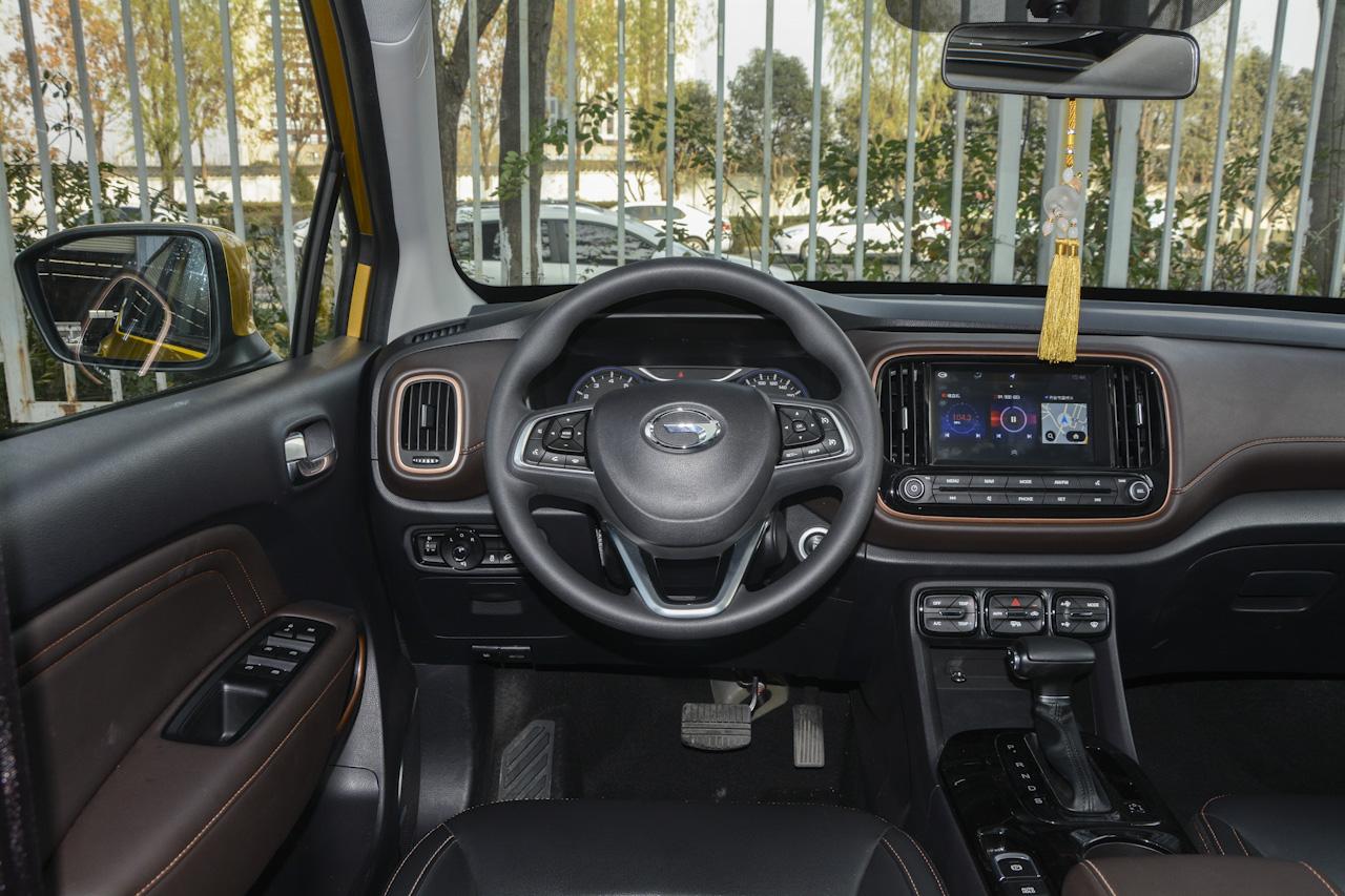 2017款传祺GS3 200T 1.3T自动豪华版