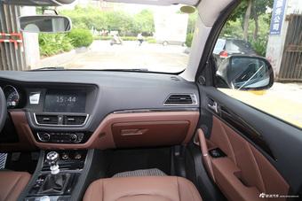2016款众泰T600 2.0T手动豪华型运动版