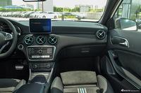 2016款奔驰A级 A200 1.6T自动赛道版