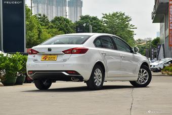 2015款众泰Z500 1.5T 手动豪华型 萨丁白