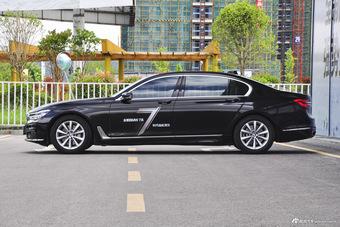 2017款宝马7系730Li 2.0T自动豪华型