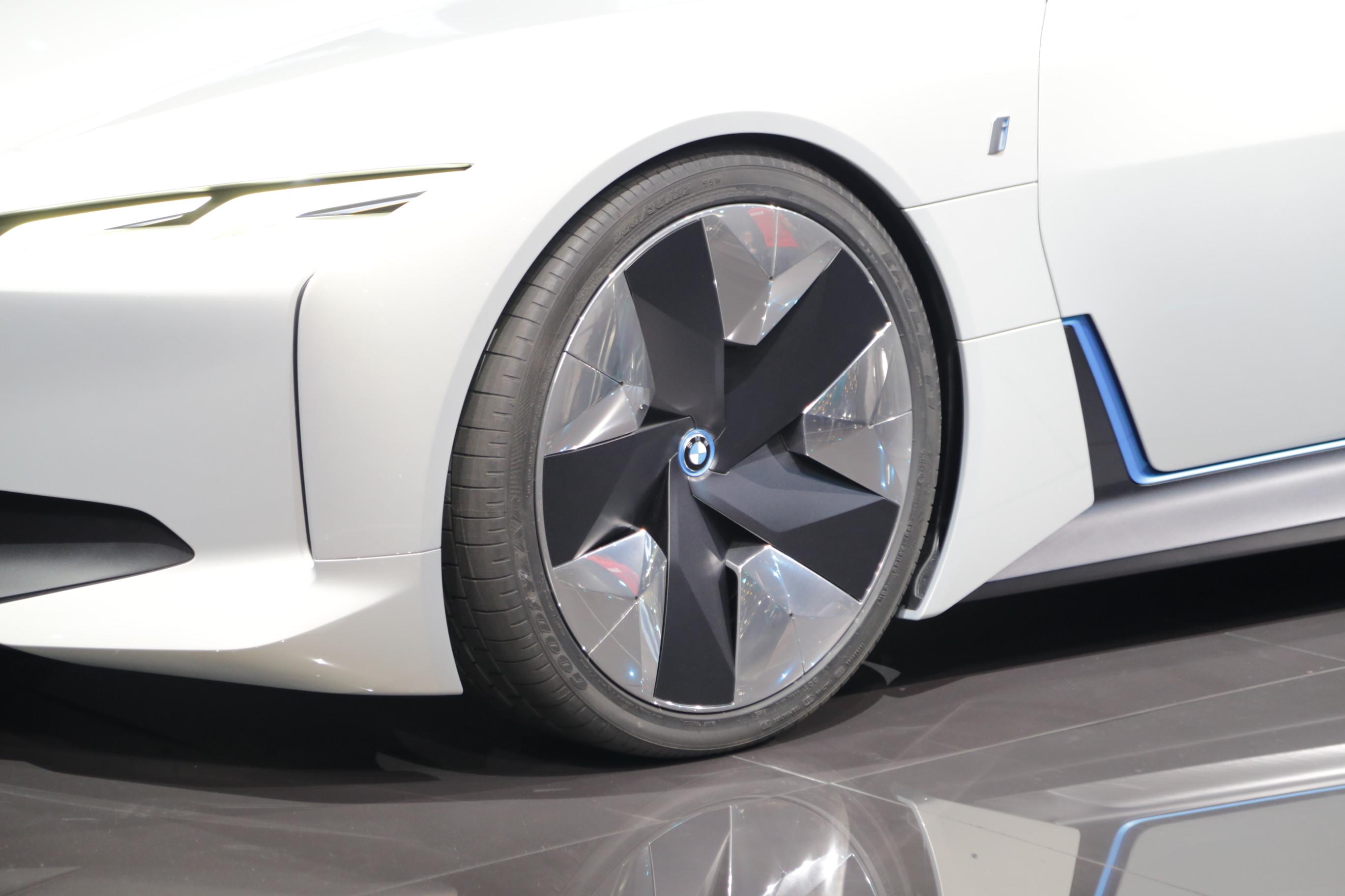 法兰克福车展 宝马i Vision Dynamics首发亮相