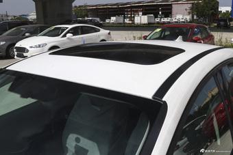 2017款福克斯两厢1.6L自动风尚型智行版