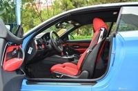 2017款宝马M4自动敞篷轿跑车