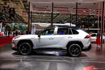 实拍 新一代丰田RAV4混动版 产自TNGA架构