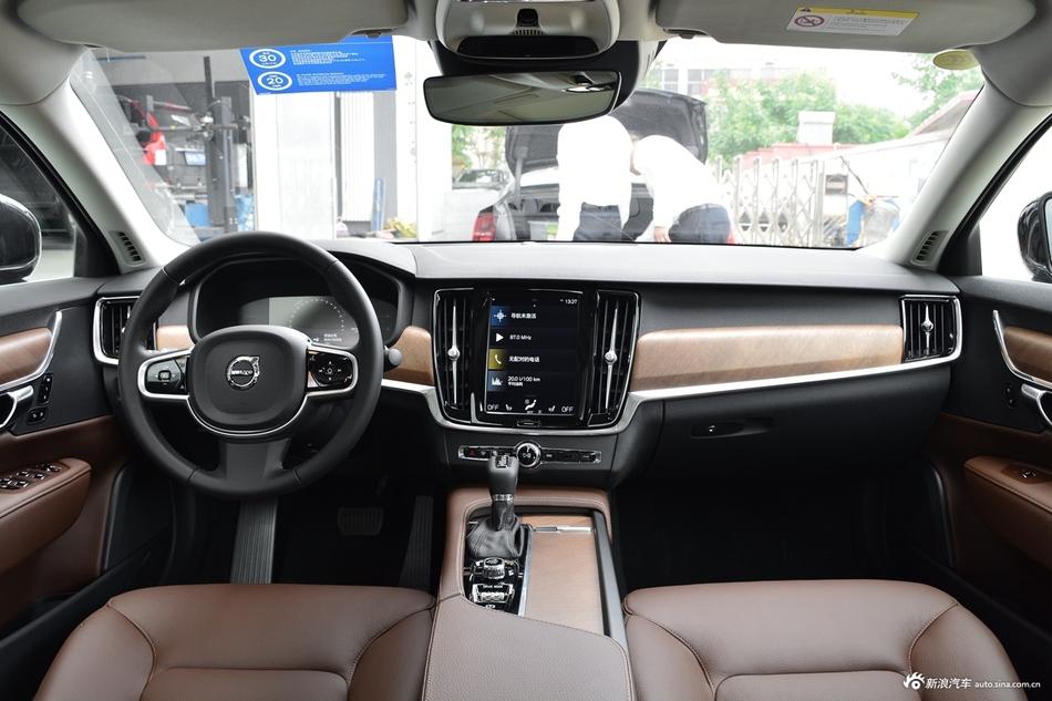 2019款沃尔沃S90 T5 智逸版
