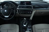 2017款宝马3系2.0T自动豪华设计套装320Li