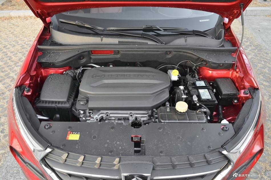 2018款宝骏510 1.5L自动周年特别版