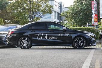 2017款奔驰CLA级改款 2.0T自动220 4MATIC