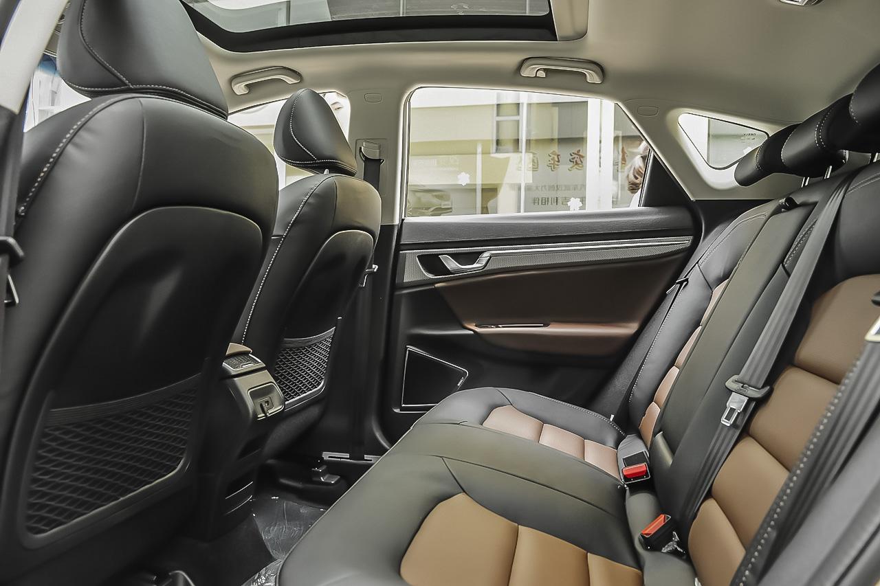 2016款帝豪GS 1.3T自动臻尚型优雅版