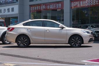 2018款福美来F5 1.6L自动豪华版