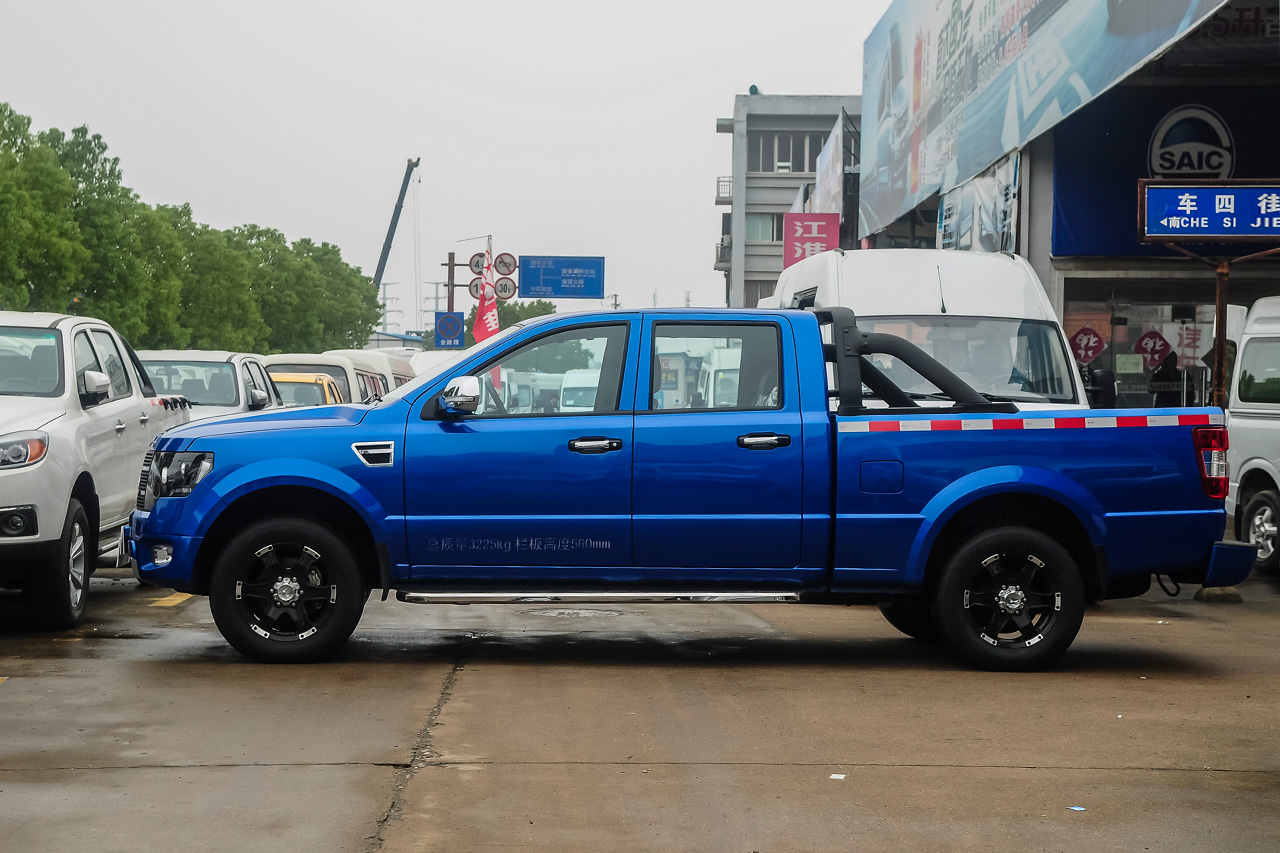 2014款卡威K1 3.2手动两驱柴油舒适型