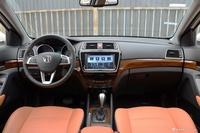 2016款北汽威旺S50 1.5T CVT欢动尊贵型